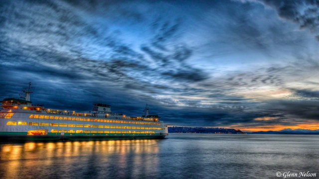 A Washington State ferry leaves the Seattle waterfront.