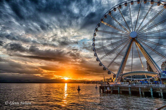 Sunset at the Seattle waterfront ferris wheel.