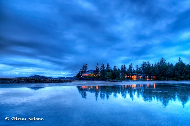 The Wickaninnish Inn, just after sunset.